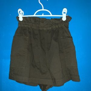Urban outfitters high waisted cargo shorts